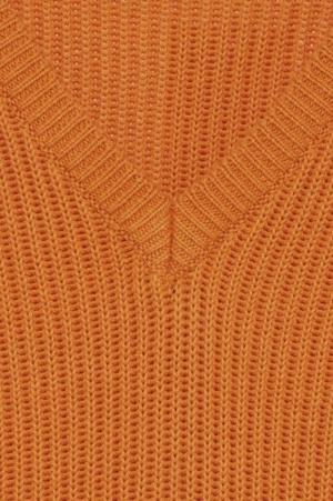 20108867 Russet Orange